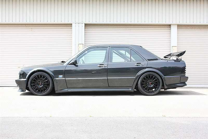 Mercedes 190e wide body 3