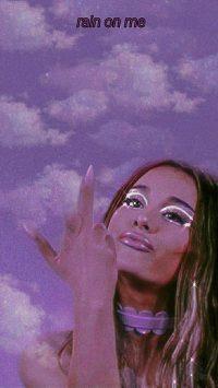 Ariana Grande Wallpaper 7