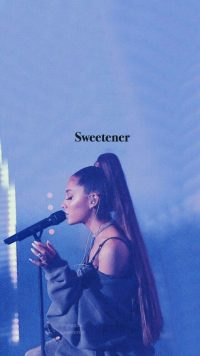 Ariana Grande Wallpaper 25