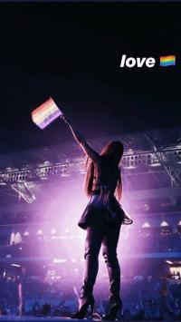 Ariana Grande Wallpaper 46