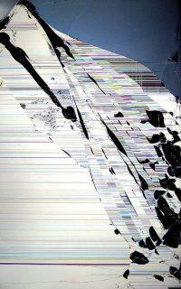Cracked Screen Wallpaper 11